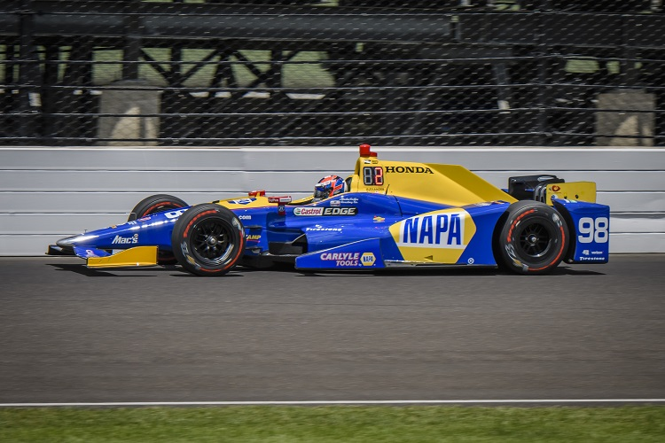 Indy 500 pole sitter Dixon wary of Alonso threat
