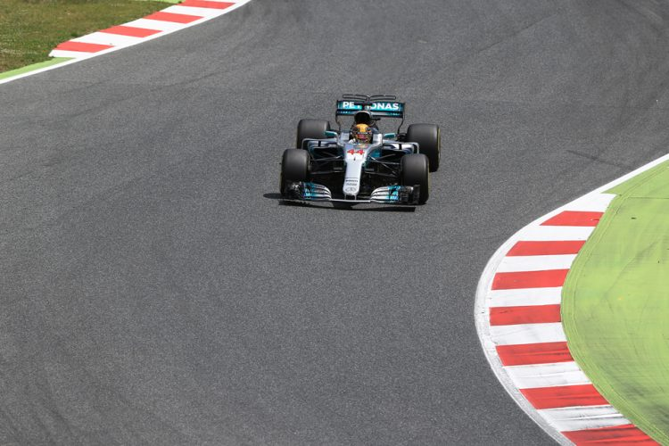 Lewis Hamilton Wins Tense Spanish Grand Prix [w