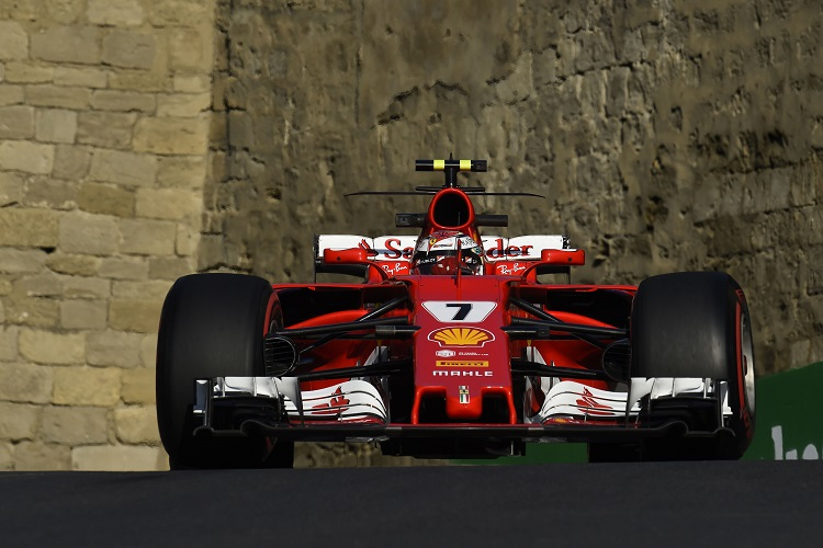 Ferrari still has 'good chance' in race - Sebastian Vettel