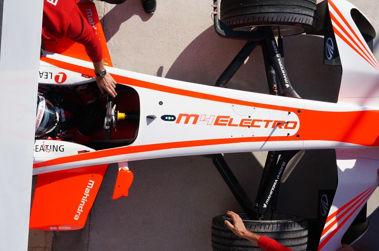 Nick Heidfeld aims for Goodwood record with Mahindra Formula E auto