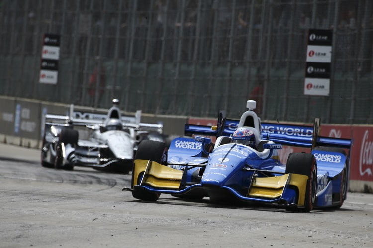 Dixon, Franchitti unhurt after armed robbery