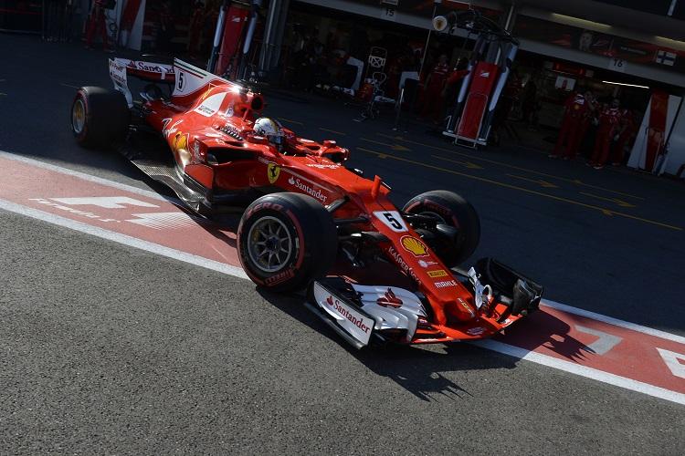 Lewis Hamilton vs Sebastian Vettel: Ferrari Driver Bumps Into His Rival