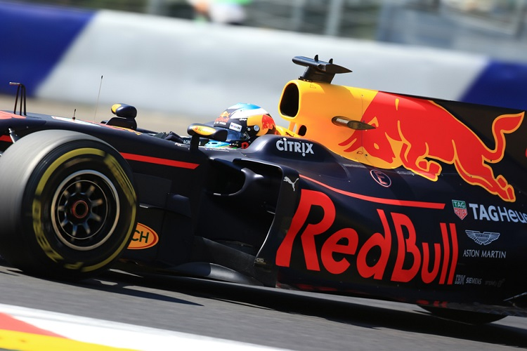 Lewis Hamilton sets rapid pace in Austria FP1