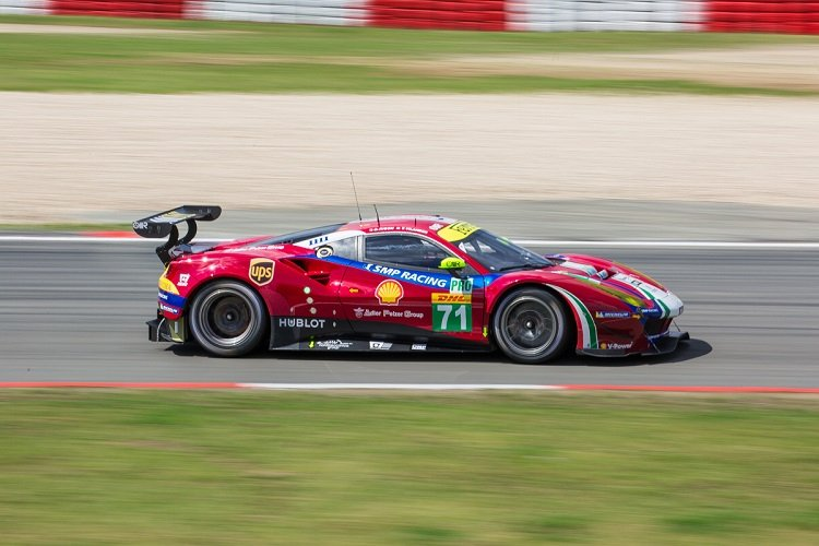 FIA WEC: Toyota on Pole for 6 Hours of Nurburgring