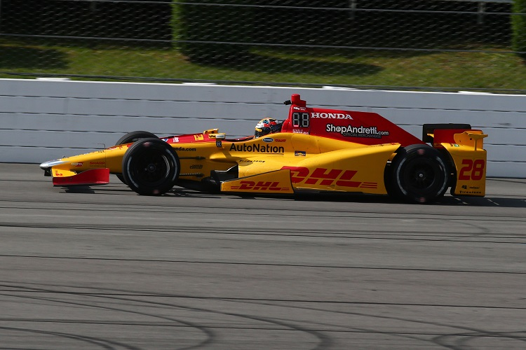 Hunter-Reay taken to local hospital after Pocono qualifying crash