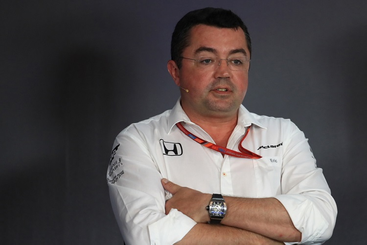 F1 supremo Carey wants Singapore GP to continue