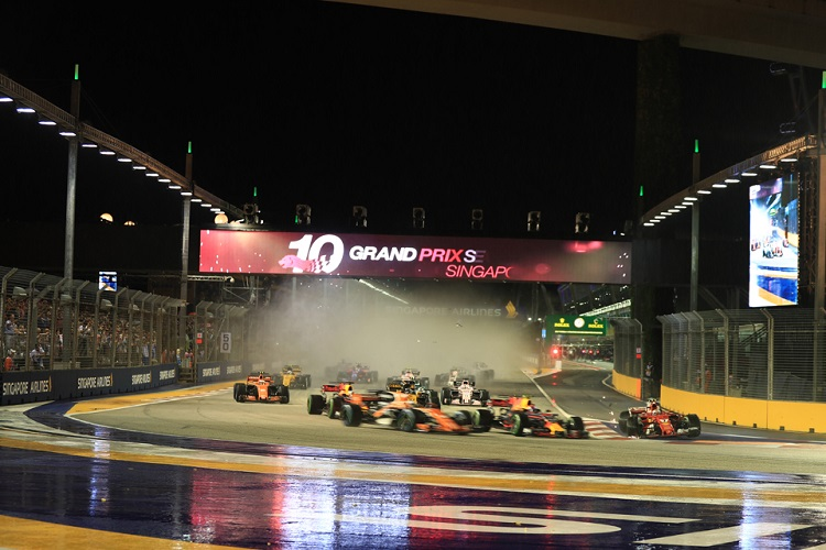 Blame Sebastian Vettel for crash that cost him Singapore Grand Prix class=