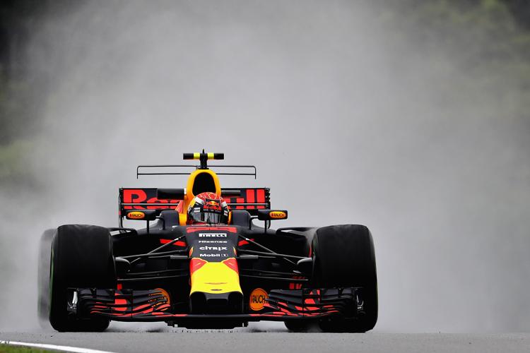 Verstappen leads Red Bull teammate Ricciardo in 1st practice