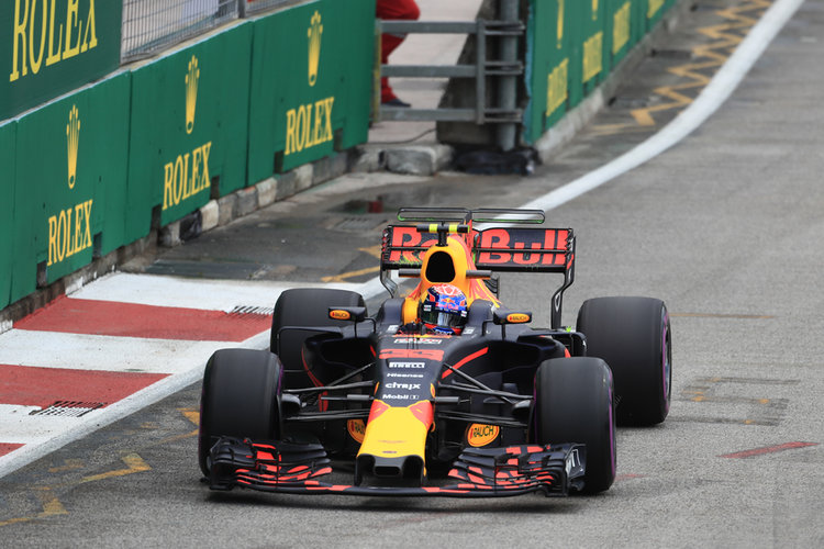 Verstappen says 21 races for F1 is more than enough