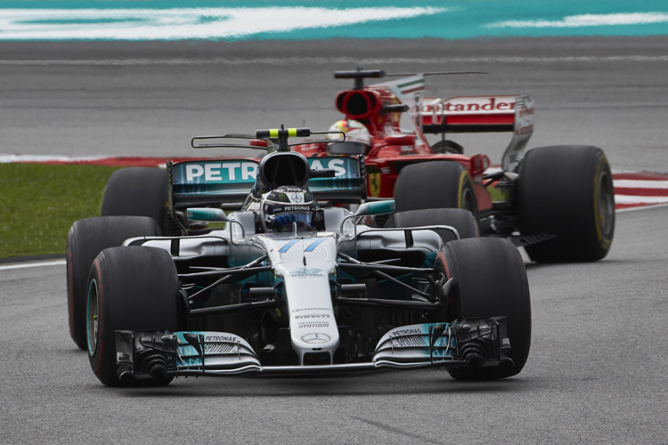 Malaysian Grand Prix: Victorious Verstappen, Hamilton second class=