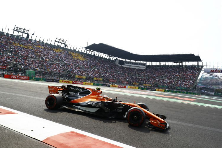 McLaren votes against keeping large shark fin in 2018 - The