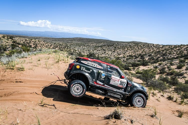 Driver Mistakes Cost Mini Stronger Dakar Results Quandt