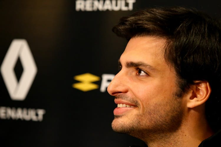 Carlos Sainz Jr. is purely focused on performing for Renault in 2018