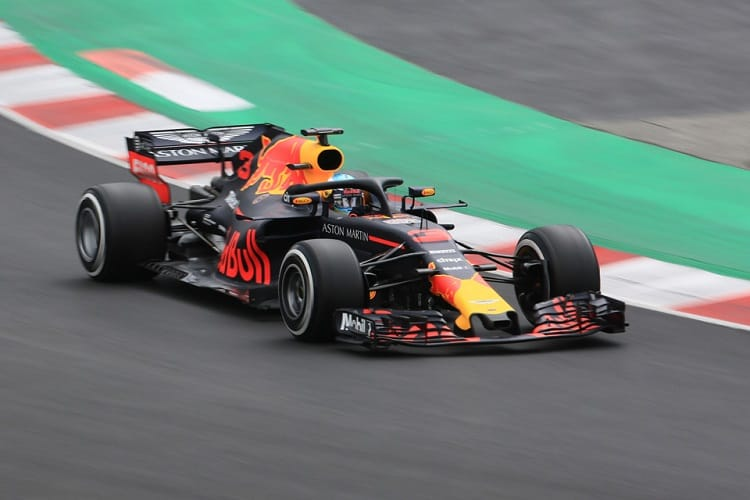 Daniel RIcciardo topped the opening day of pre-season testing
