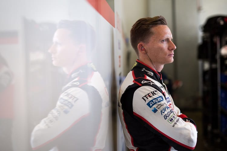 Mike Conway has extended his contract with Toyota Gazoo Racing