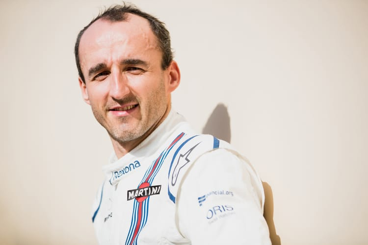 Williams reveals 2018 F1 racer… with a halo