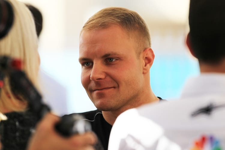 Valtteri Bottas in the paddock, Abu Dhabi 2017