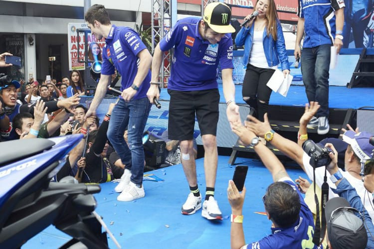 Vinales and Rossi with fans in Philippines