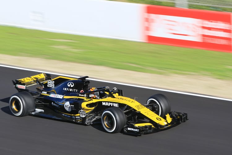 Carlos Sainz Jr. tests the Renault RS18 on the first day of the second week of Barcelona testing