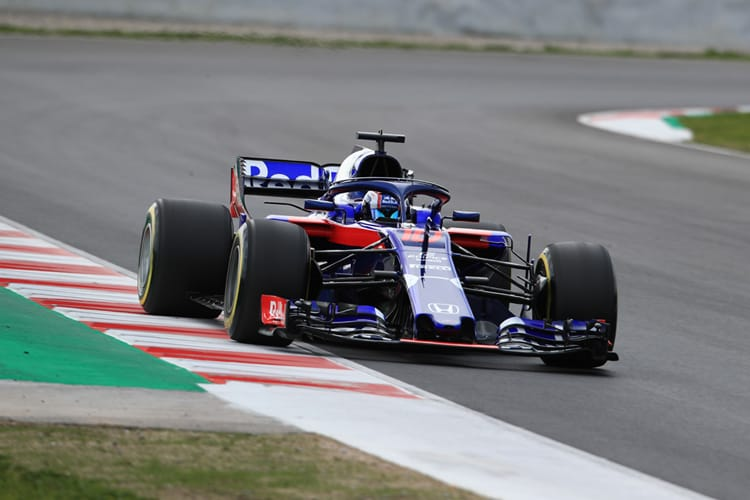 Pierre Gasly tests his Red Bull Toro Rosso Honda car