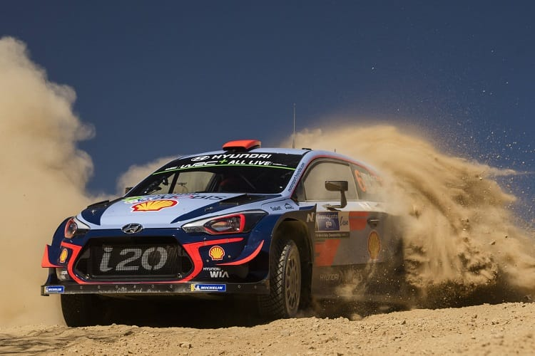 Ogier wins in Mexico to retake championship lead