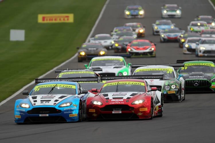 British GT - 2017 Donington Park Race Start