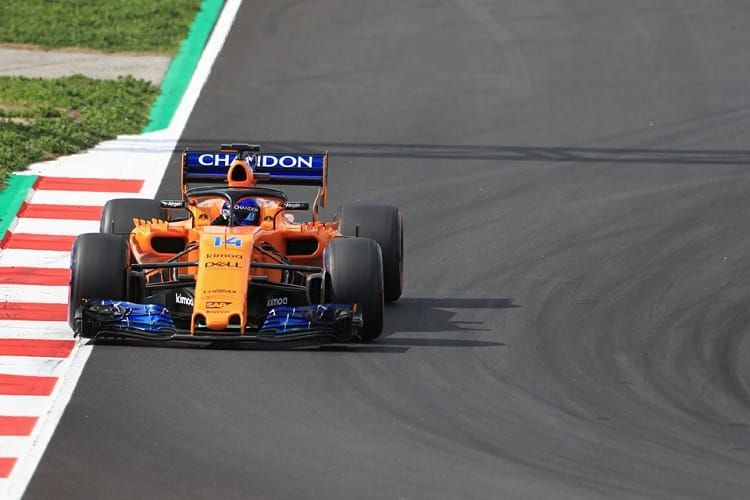 The MCL33 has potential, according to Eric Boullier