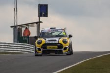 MINI Challenge UK - Collard - Oulton Park Cheshire Great Britain