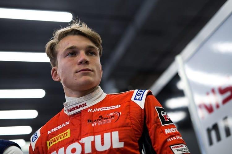 Matt Parry returns to RJN Motorsport in 2018
