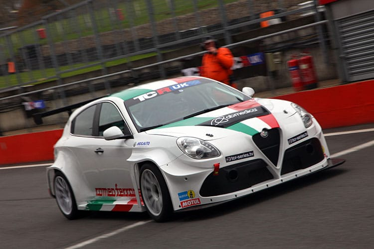 Aiden Moffat to compete in TCR UK alongside BTCC campaign