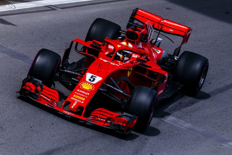 Vettel en route to pole-position in Baku 2018