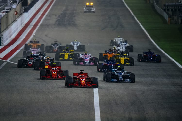 Start of the 2018 Bahrain GP