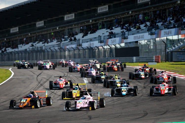 ADAC Formula 4, 13. - 15. Lauf Nürburgring 2017 - Foto