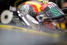 Carlos Sainz Jr. is aiming for a return to the points this weekend in China