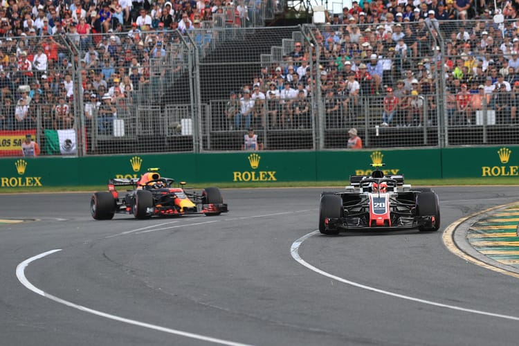 Verstappen chases Magnussen during the 2018 Australian Grand Prix