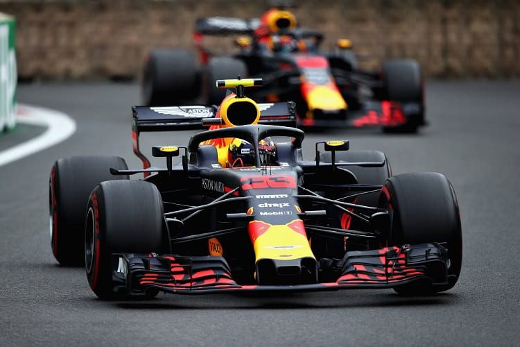 Max Verstappen/Daniel Ricciardo - Aston Martin Red Bull Racing