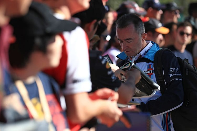 Paddy Lowe hopes for a stronger weekend in Bahrain for Williams
