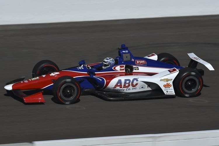 Danica Patrick back in the auto ahead of return to Indy 500