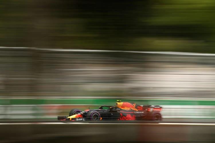 Daniel Ricciardo denies Ferrari rumors