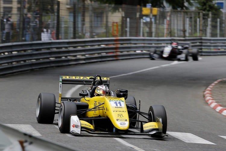 Sacha Fenestraz - Carlin Motorsport
