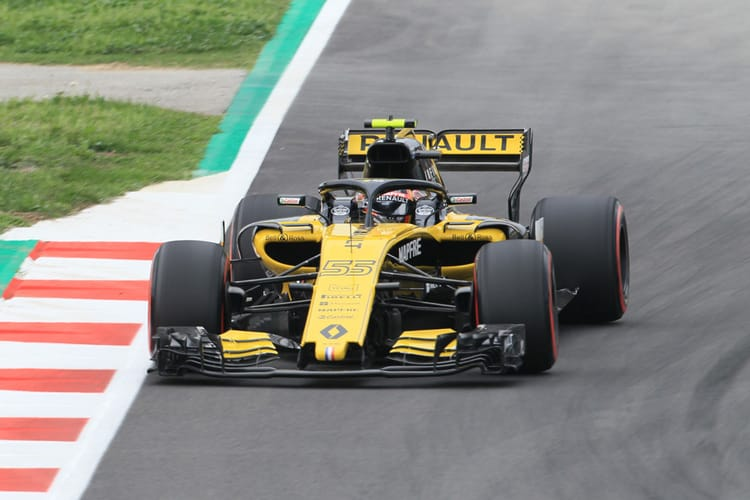 Sainz Jr. out on track for quali