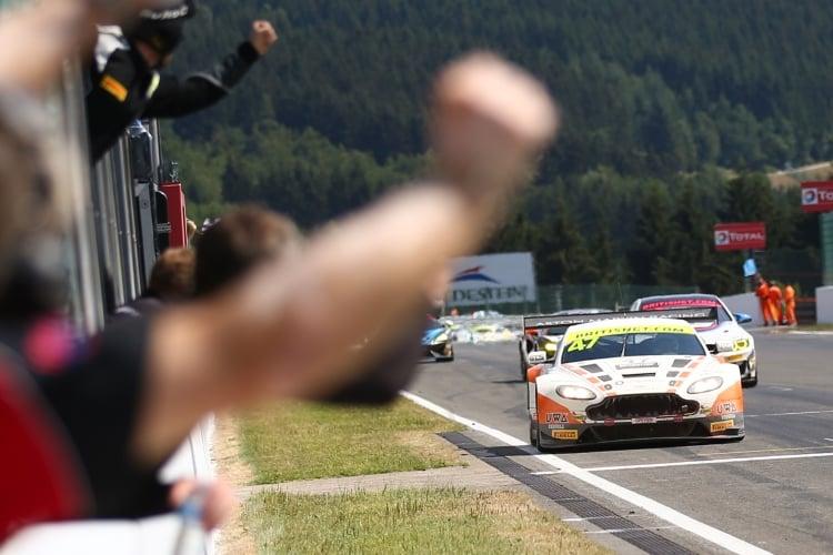 Graham Davidson / Maxime Martin Jetstream Motorsport Aston Martin V12 Vantage GT3 | British GT