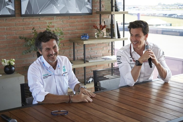 Giuseppe D'Arrgio and Toto Wolff - F1