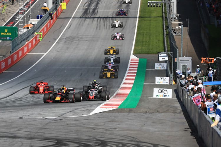Daniel Ricciardo - Aston Martin Redu Bull Racing - 2018 Austrian Grand Prix - Formula 1