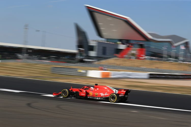 Vettel in FP2
