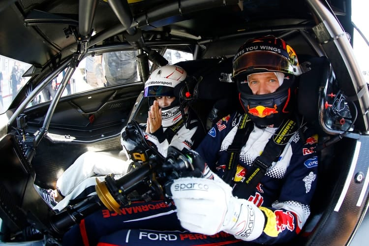 bastien Ogier already acted as chauffeur in the Mercedes-AMG C 63 DTM race taxi with his wife, TV presenter Andrea Kaiser.