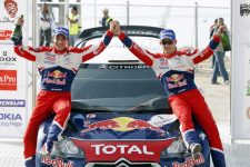 GEPA-16041198006 - AMMAN,JORDAN,16.APR.11 - MOTORSPORT, RALLY - WRC, Jordan Rally. Image shows the rejoicing of Julien Ingrassia and Sebastien Ogier (FRA/ Citroen). Keywords: award ceremony. Photo: GEPA pictures/ Citroen