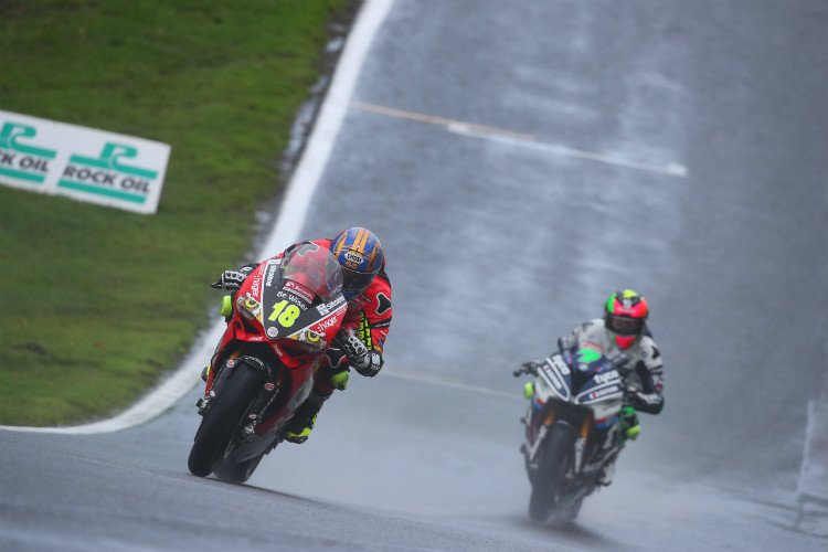 Solid Results For Irwin Brothers At Oulton Park The