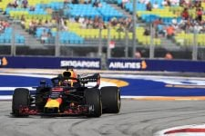Daniel Ricciardo - Aston Martin Red Bull Racing - Marina Bay Street Circuit