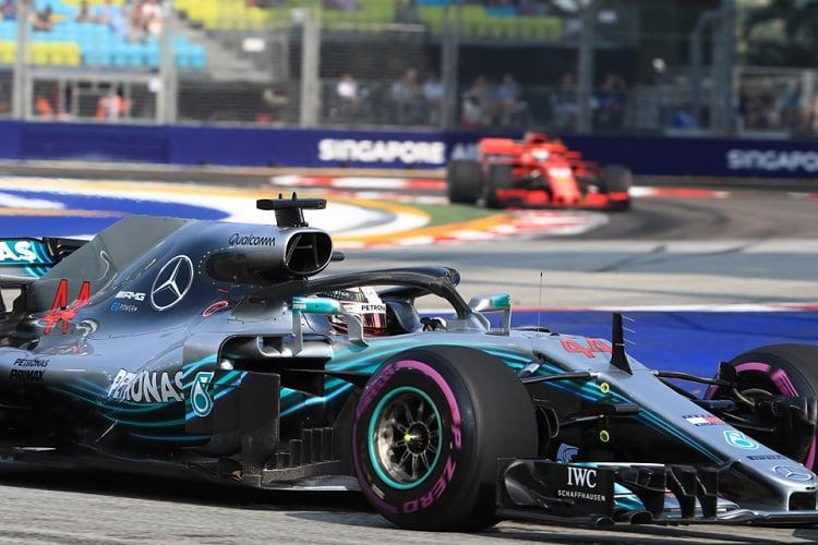 Lewis Hamilton - Mercedes AMG Petronas Motorsport - Marina Bay Street Circuit